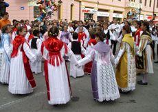 Folklorni ples
