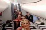 Stjuardese izvele indijski ples u avionu